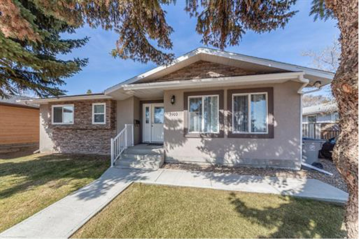 3910 57 Avenue, Lloydminster, Alberta